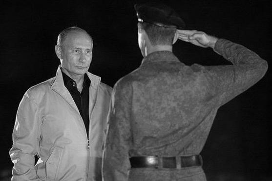 150307_RUS_Putin_soldier_Tom_BW_6x9