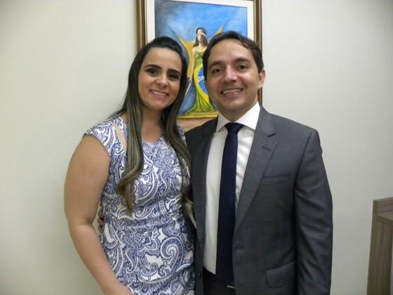 Levinelson Nascimento r Francisca Nascimento