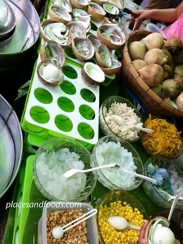 chatuchak jj coconut ice cream stall