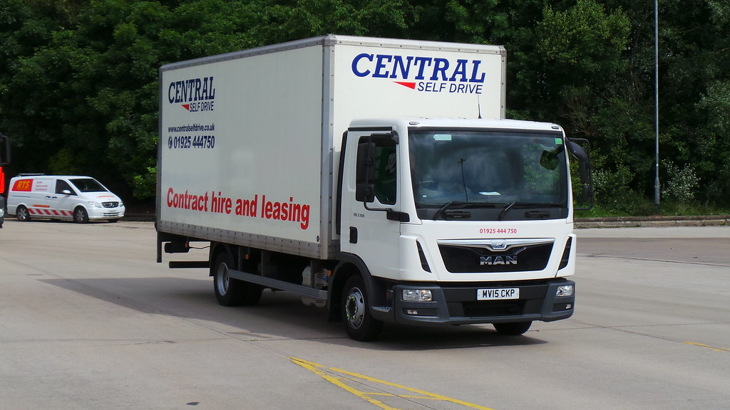 a2b660b051 Medium Vans For Hire - Central Self Drive - Get in touch today!