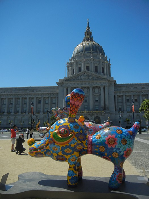 DSCN3181 - Fancy Animal Carnival by Taiwanese artist Hung Yi (洪易) at SF Civic Center