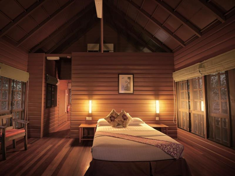 permai rainforest treehouse room