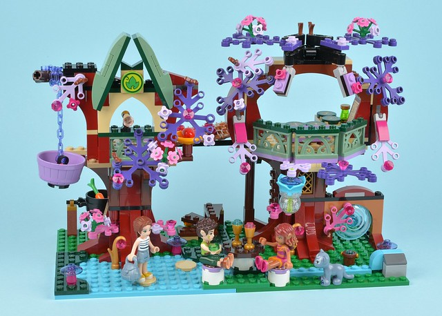 Review: 41075 The Elves' Treetop Hideaway   Brickset: LEGO set guide ...