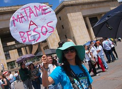 Friedensdemonstration am Internationalen Frauentag in Bogotá. Foto:  Juan Carlos Pachón / flickr (CC BY-SA 2.0)