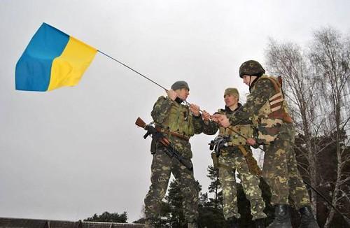 Будуть українські прапори на Донбасі — будуть і вибори