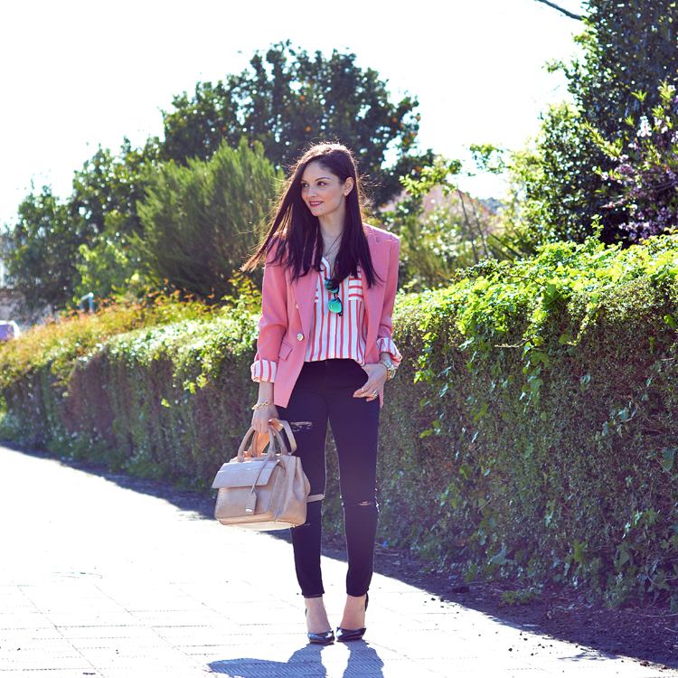 zara_oasap_outfit_ootd_coral_distressed_jeans_nude_lookbook_09