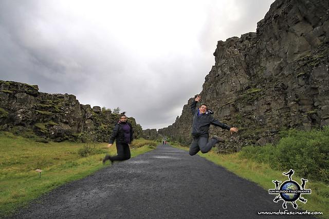 ISLANDIA - Thingvellir,  Þingvellir. Almannagjá