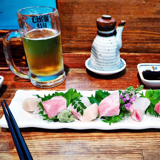 Wander into an izakaya in the back streets of Gion, order beers and chef's choice assorted sashimi plate.  Fatty tuna for the win. #Yuki