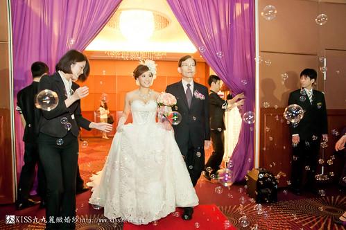 【高雄婚禮攝影推薦】婚禮婚宴全記錄:kiss99婚紗公司,網友都推薦的結婚幸福推手! (25)