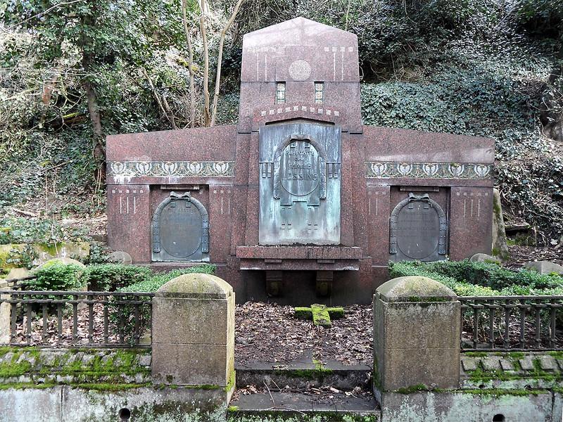 Familiengrab Lessing auf dem Alten Friedhof in Oberlahnstein