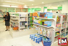 bookselling(0.0), medical(0.0), prescription drug(0.0), pharmaceutical drug(0.0), supermarket(1.0), convenience store(1.0), building(1.0), retail-store(1.0),