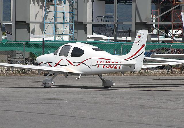YV3021
