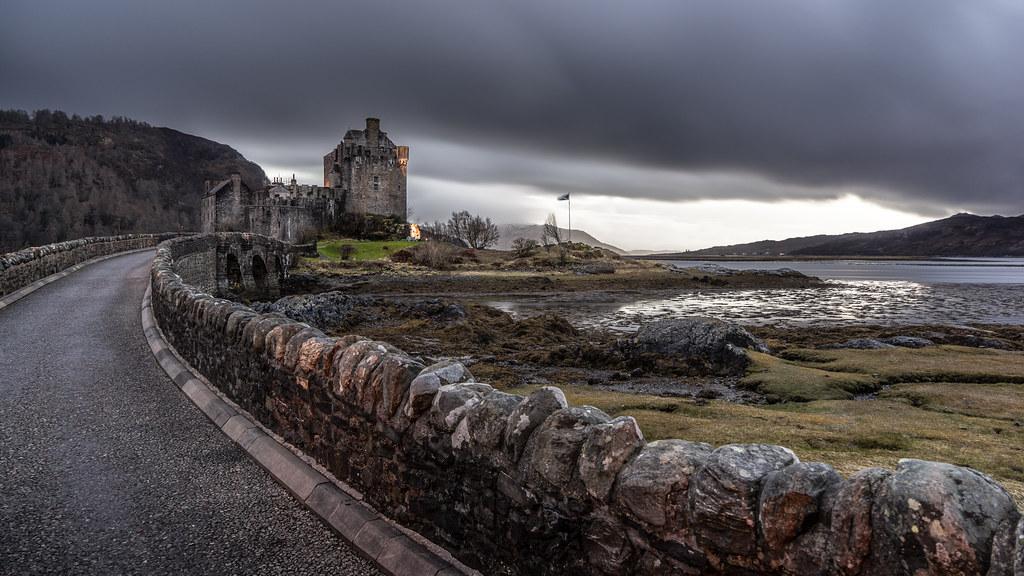 Eilean Donan castle, Dornie, Scotland, United Kingdom picture