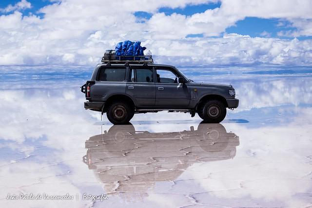 Jipe no Salar de Uyuni, Bolívia