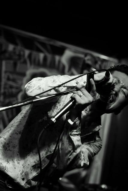 Los Blues Perfunos live at Powers 2, Kawasaki, 04 Apr 2015. 150