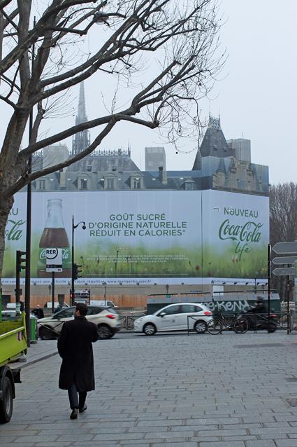 15a07 Palais de Justice Coca C2015-01-071977 variante Uti 425