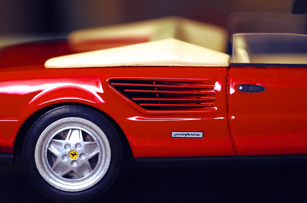 ferrari mondial cabrio 1985 by mr collection. Black Bedroom Furniture Sets. Home Design Ideas