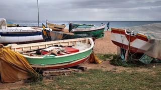 Imagen de Platja dels Pescadors. barcelona españa beach spain cloudy playa catalunya nublado badalona