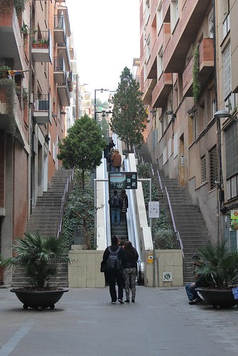 Street escalator