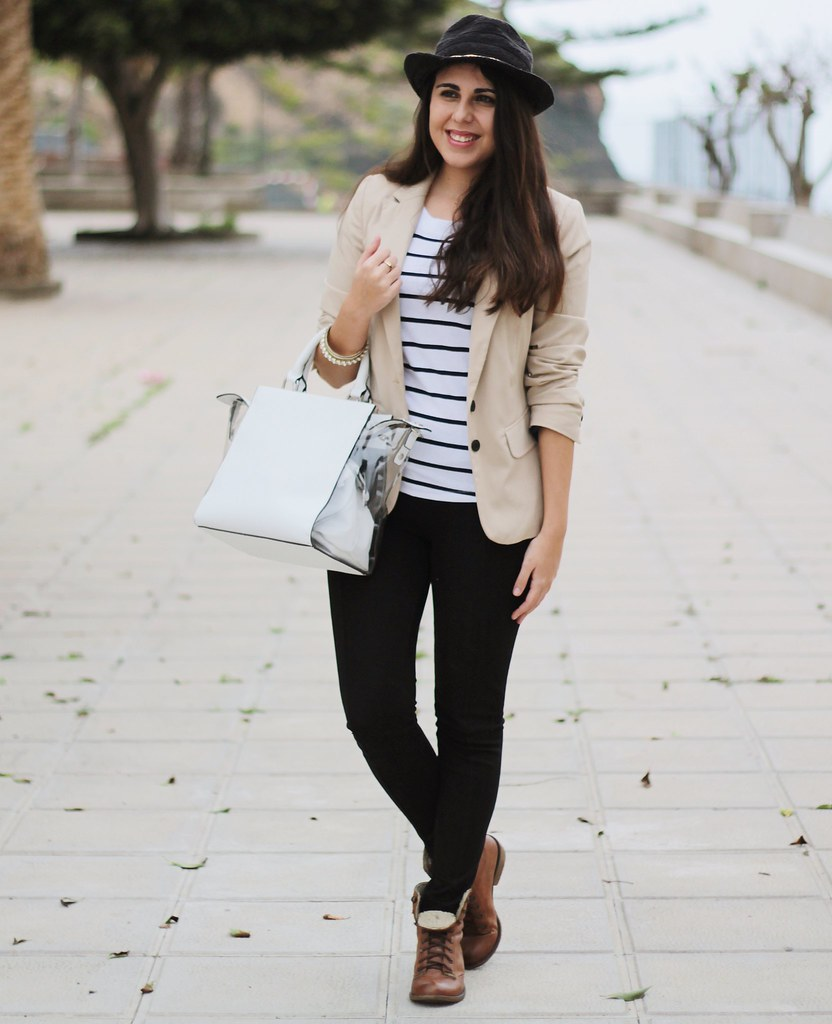 http://www.anunusualstyle.com/2015/03/striped-shirt.html