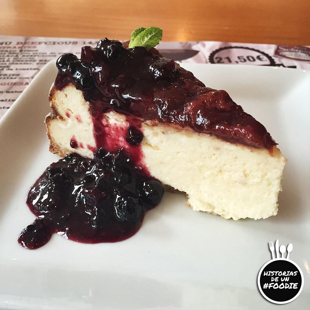 American cheese cake con confitura de frutos rojos