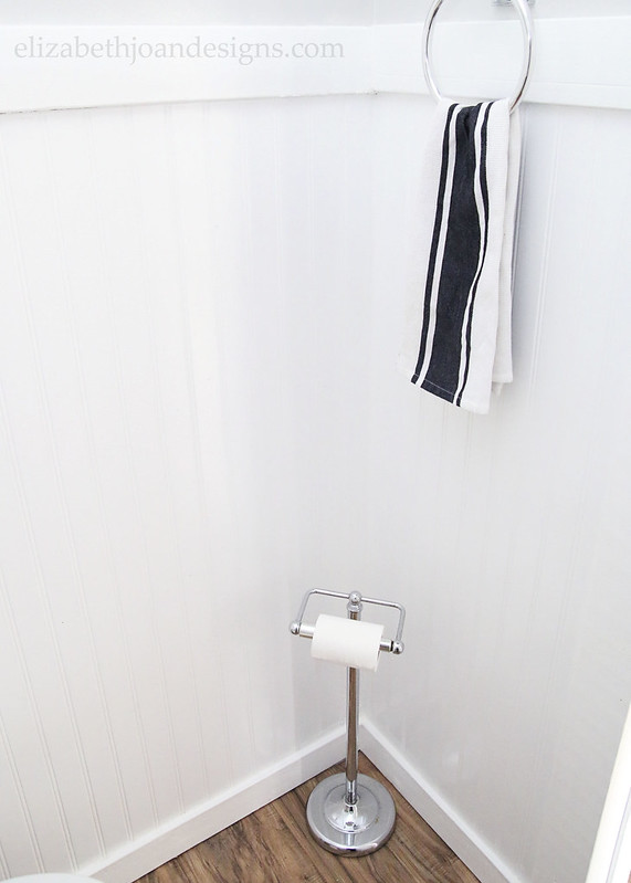 White Beadboard Towel Toilet Paper Holder
