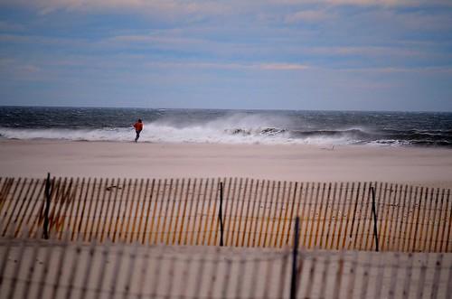 beach march sand waves cloudy windy longisland jonesbeach beachfence 2015 nikond5100 parkingfield6