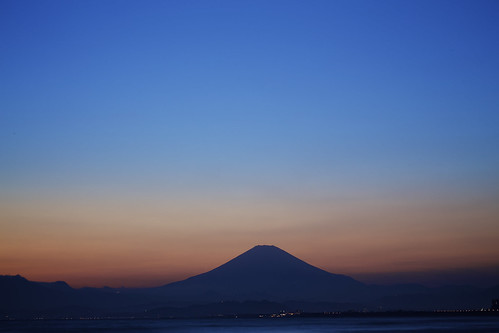 blue japan lens sunsets hour l bluehour enoshima kanagawa mtfuji 100mm28 bluehaze canon6d