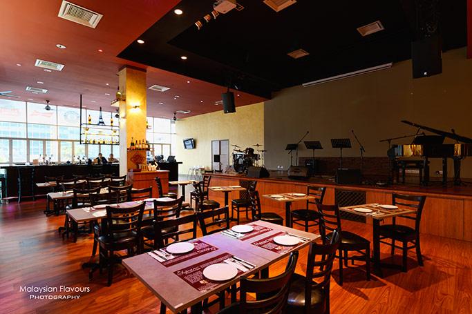 sopranos-italian-german-restaurant-piano-bar-newcom-jalan-klang-lama