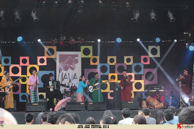 Java Jazz Festival 2015 Day 2 - Lantun Orchestra (2)