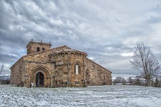 Iglesia románica de Villacantid (Cantabria)/Romanesque Church of Villacantid (Cantabria)