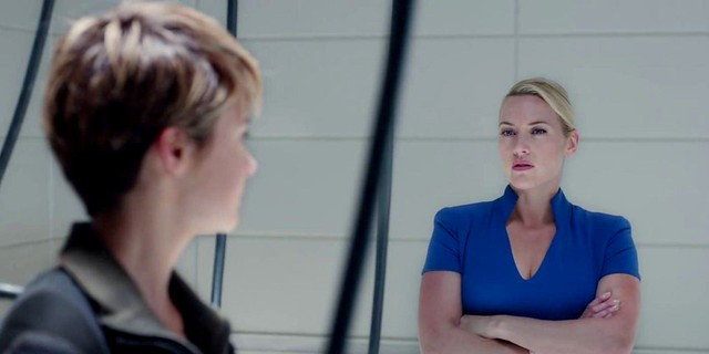 kate-winslet-in-insurgent-movie-4