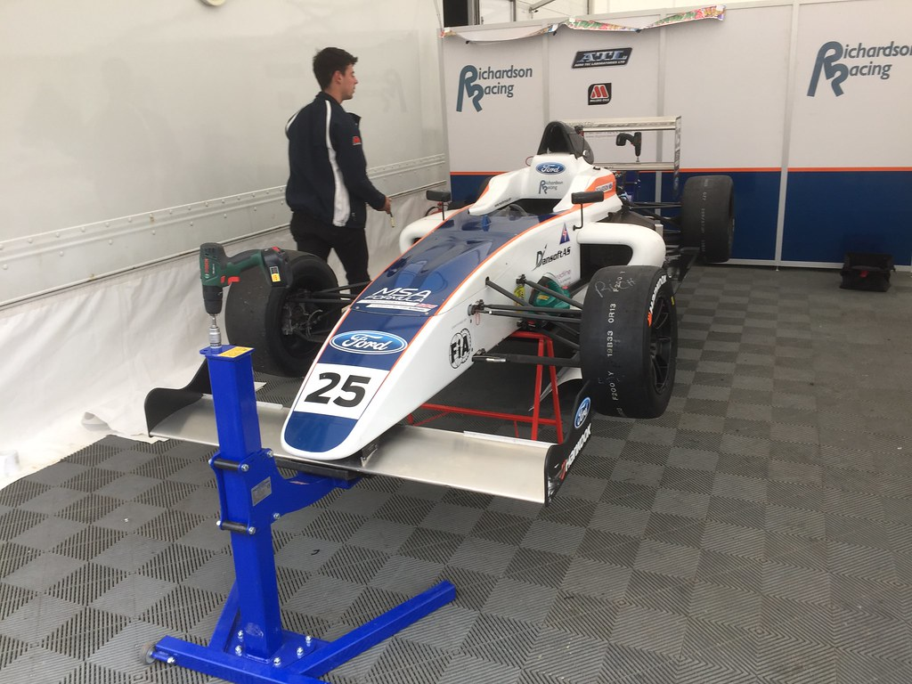 Louise Richardson's MSA Formula Car at Donington Park