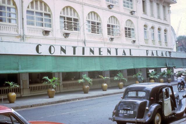 SAIGON 1965-66 - Đường Tự Do - KS Continental Palace