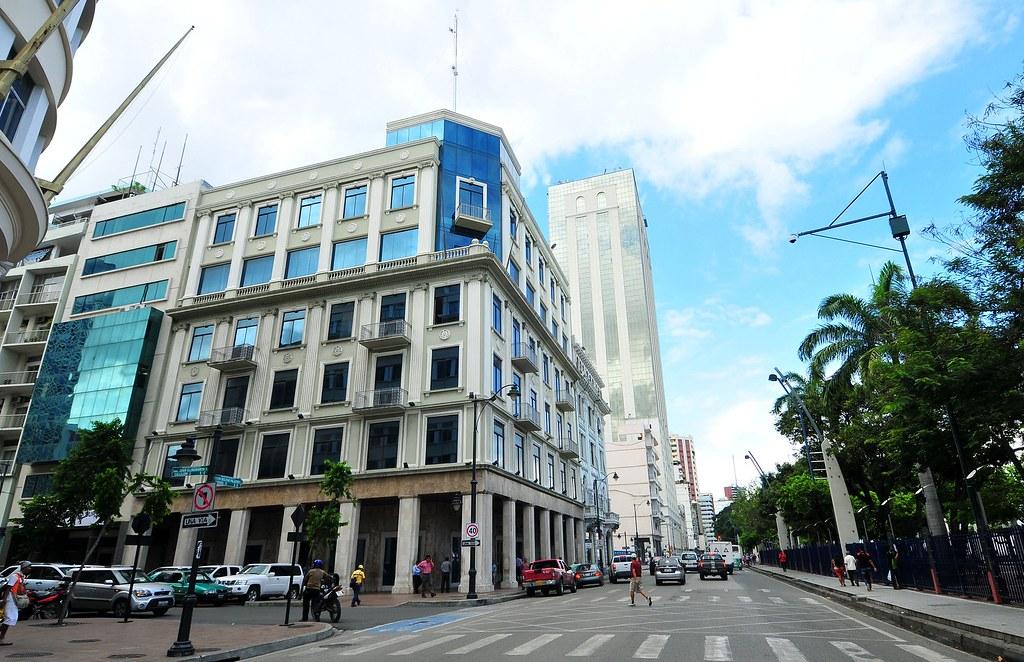 Resultado de imagen para prefectura del Guayas
