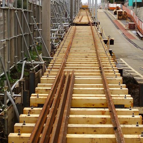 新しく敷設される線路。