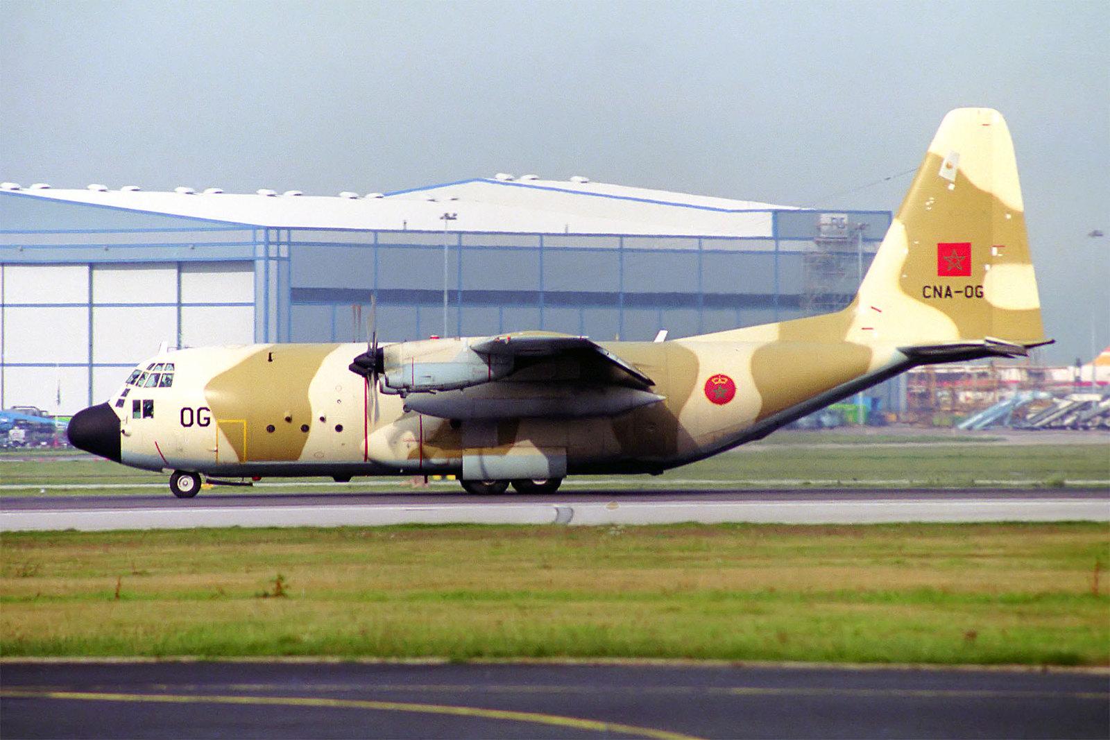 طائرات النقل العاملة بالقوات المسلحة المغربية - صفحة 2 16581912209_b489aaa5dc_h