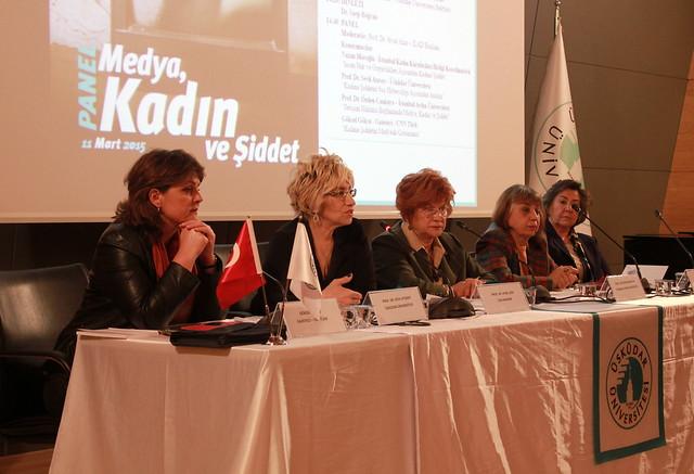 """""""Medya, Kadın ve Şiddet"""" paneli gerçekleştirildi. 2"""
