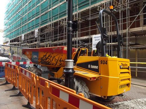 Midland Metro Extension - preparatory works - Pinfold Street - Thwailes - 6 tonne