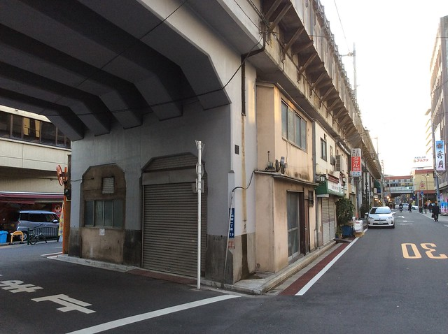 浅草橋駅高架下建築 (7)