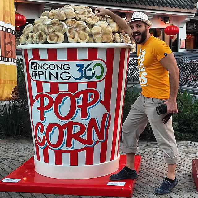 Who Wants Popcorns?