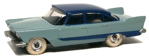 Dinky GB Plymouth Plaza (1)
