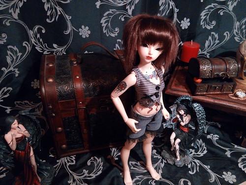 Dark ladies - Carmen, petite sorcière p.16 - Page 3 17242000631_74d681a8a9