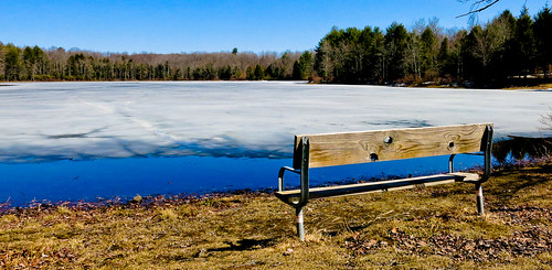lake ice bench landscape spring thaw hbm benchmonday canong15