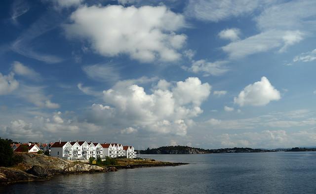 Casitas de Noruega en la bahía de Stavanger