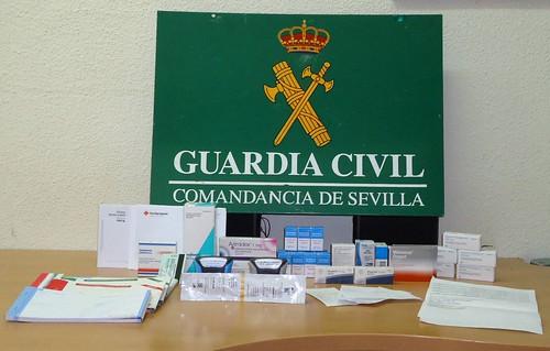 AionSur 16959571239_622bcb3742_d Detenido en Utrera por vender medicamentos con recetas falsas Sucesos