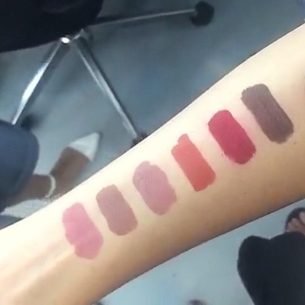 kylie-matte-liquid-lipstick-swatch