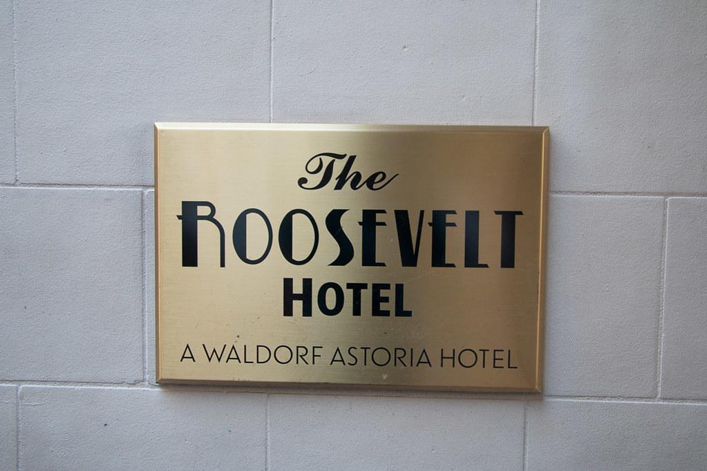 Roosevelt Hotel New Orleans sign