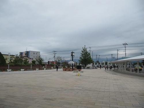 函館競馬場の入口の前の空間