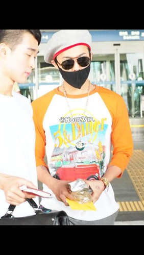 GDragon_IncheonAirport_returningfromParis-20140701 (11)